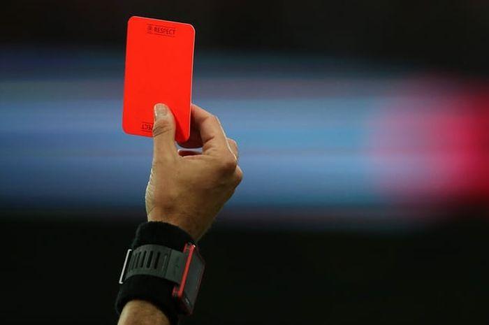 Ilustrasi kartu merah (Foto / Istimewa)