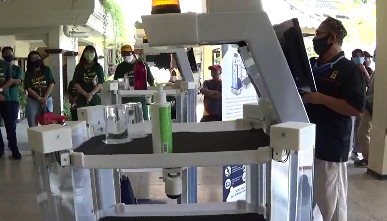 Robot KECE Medis Unesa Dilengkapi Teknologi Canggih