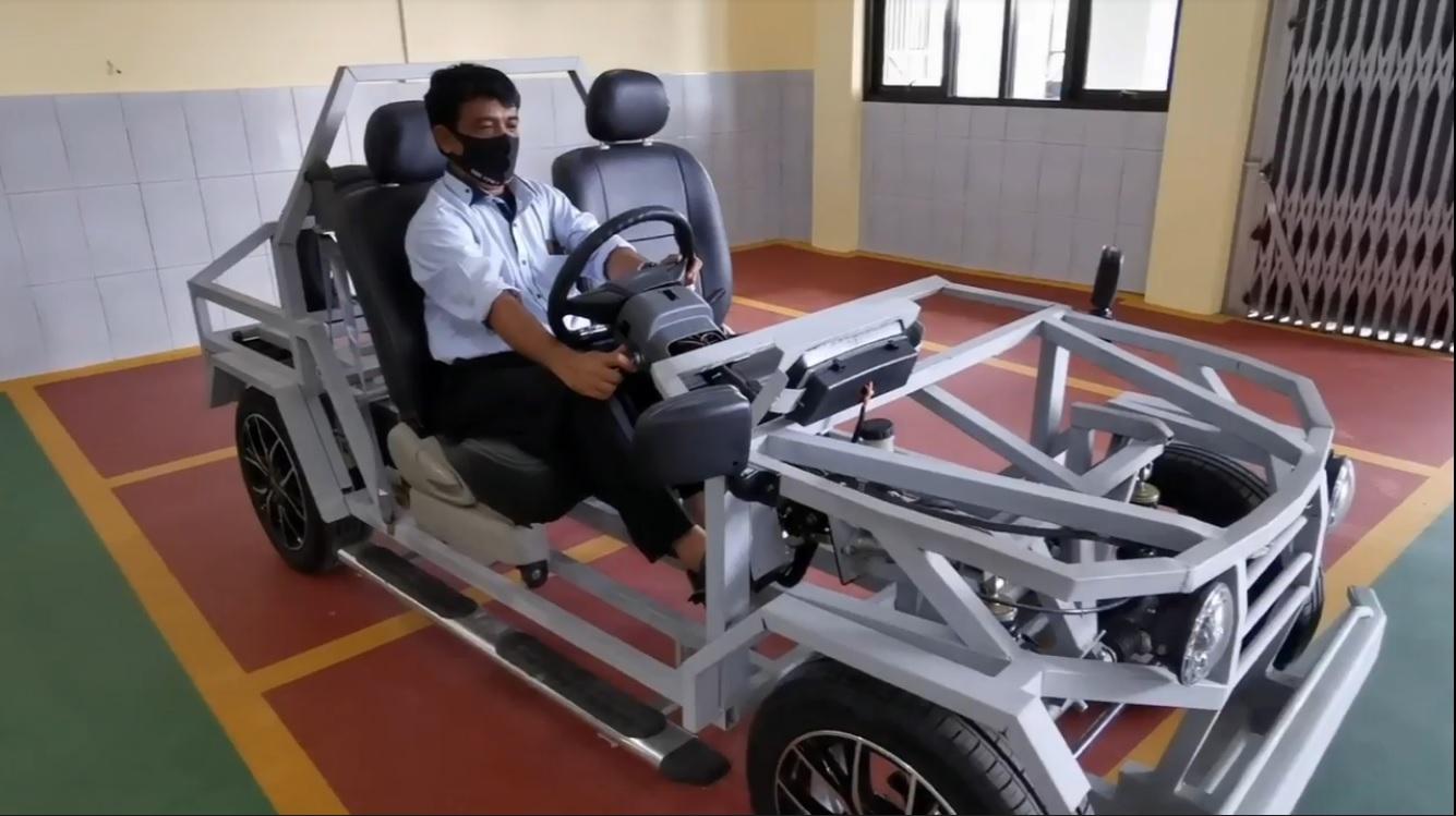 Mobil Listrik Siswa SMK Ini Diklaim Bisa Ngebut 200 KM/Jam