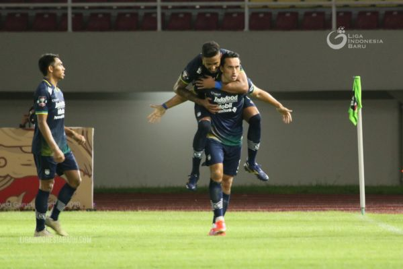 Final Piala Menpora; Persib Tantang Persija!