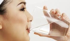 Terlalu Banyak Minum Saat Sahur Berbahaya, Kok Bisa?