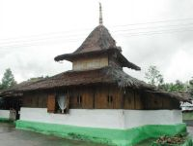 3 Masjid Tertua di Indonesia, 1 Ada di Surabaya