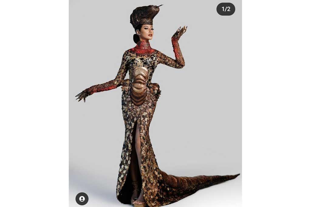 Heboh, Gadis Surabaya Pakai Gaun Komodo di Miss Universe