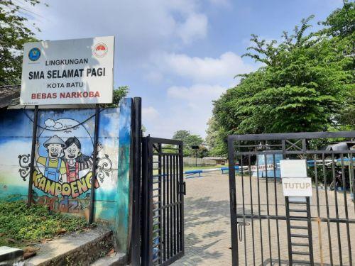 Gerbang Sekolah Selamat Pagi Indonesia (SPI) di Kota Batu, Jawa Timur (Foto / Istimewa)