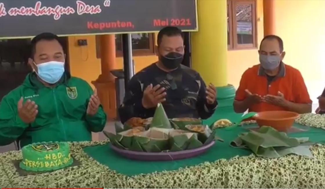 Kades Bonek, Perangkat Desa di Sidoarjo Rayakan HUT Persebaya