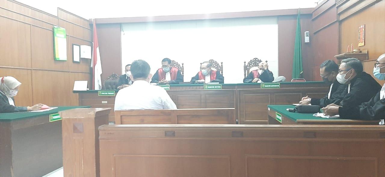 Tilap Uang Jual Beli Kayu Rp 3,6 Miliar, Imam Santoso Dituntut 3 Tahun Penjara