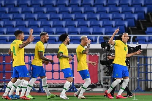 Selebrasi pemain Brasil usai mengalahkan Jerman. (afp)