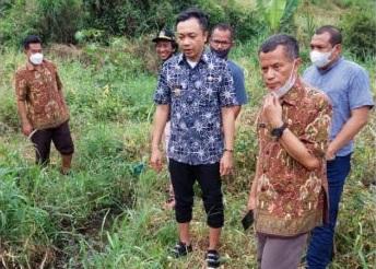 Ungkap Saluran Limbah PT Greenfields, Wabup Blitar Jalan Kaki 5 Kilo, Nyemplung Sungai!