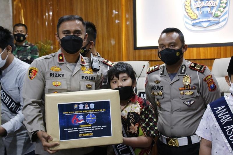 100 Anak Korban Covid-19 Jadi Anak Asuh Polres Malang