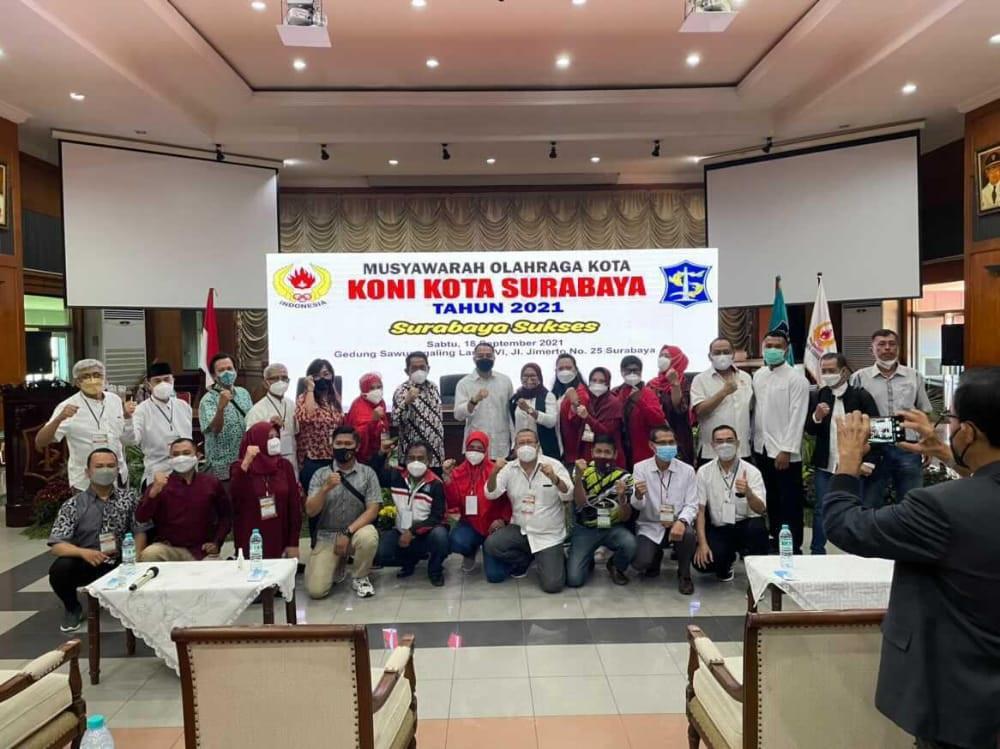 Wali Kota Eri Datang, Hoslih Terpilih Kembali Pimpin KONI Surabaya