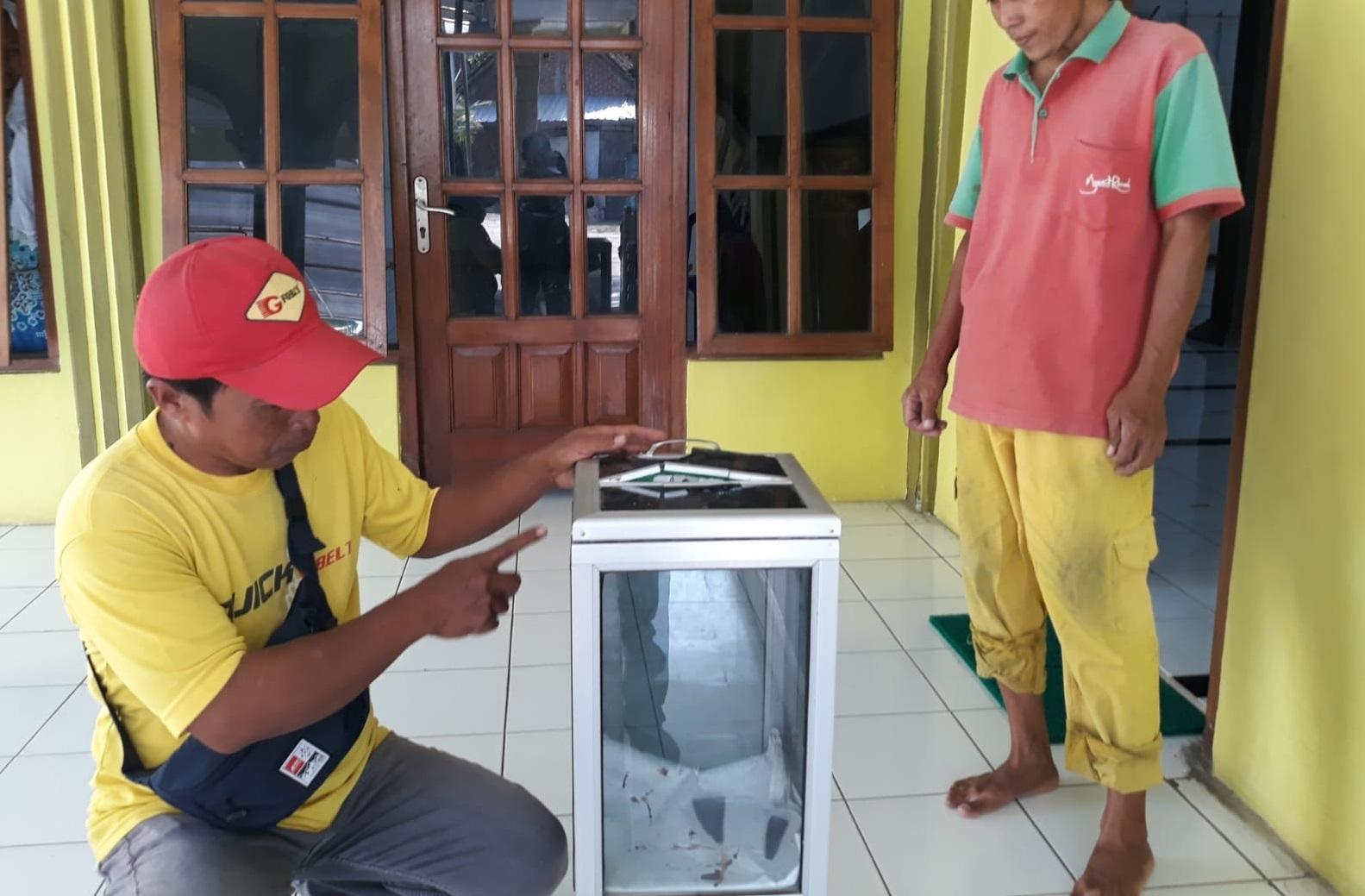 Kotak amal masjid di Ngawi dibobol pencuri (Foto / Metro TV)