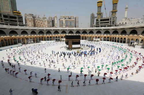 Masjidil Haram Dibuka Kapasitas Penuh, Arab Saudi Longgarkan Pembatasan Covid-19
